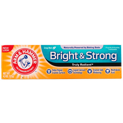 Arm & Hammer Truly Radiant, Bright & Strong Toothpaste, Crisp Mint, 4.3 oz (121 g)
