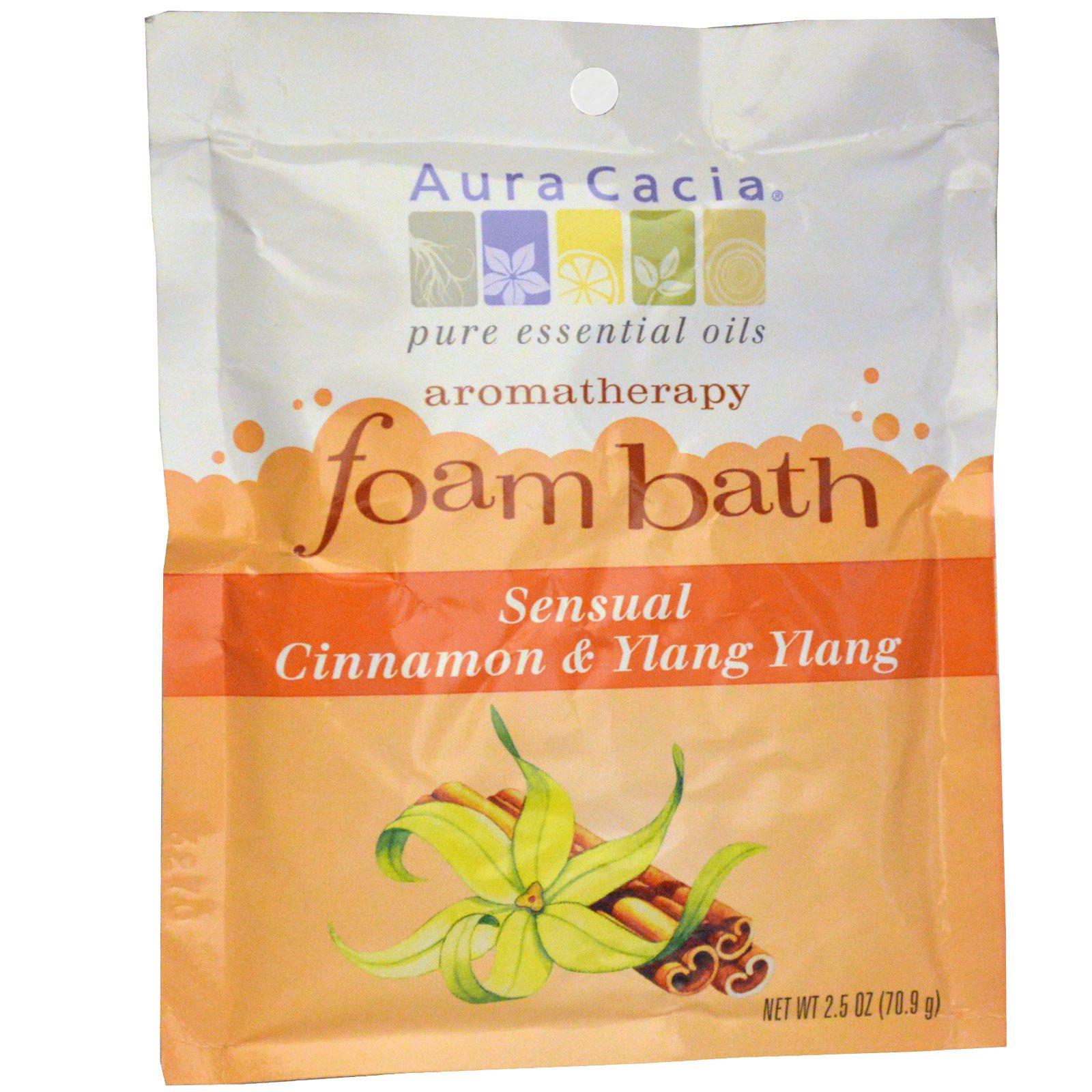 Aura Cacia, Ароматерапевтическая пена для ванны, чувственная корица и иланг-иланг, 2,5 унции (70,9 г)