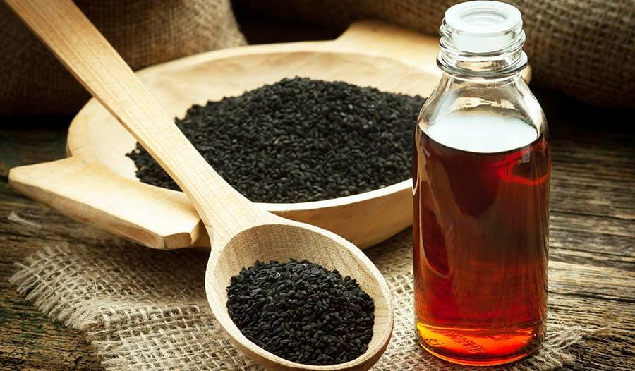 5 razões para testar o óleo de semente negra