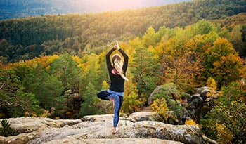 Ayurvedic Tips for Finding Balance in the Fall