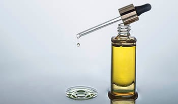 Benefits of Facial Oils Versus Water