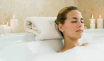 Fast and Easy Detox Bath Recipes That Relax and Rejuvenate