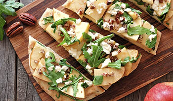 Flatbread Pizza with Apples, Arugula and Pecans