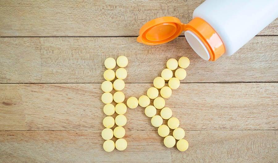 Каковы основные преимущества для здоровья витамина K2?
