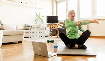 8 عناصر غذائية أساسية تساعد على إطالة العمر وفقاً لرأي الطبيب