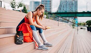 ¿Qué es la dieta inversa? Sepa cómo implementarla correctamente siguiendo los consejos de un entrena