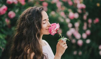 How to Smell Sweet Without Chemical Perfume