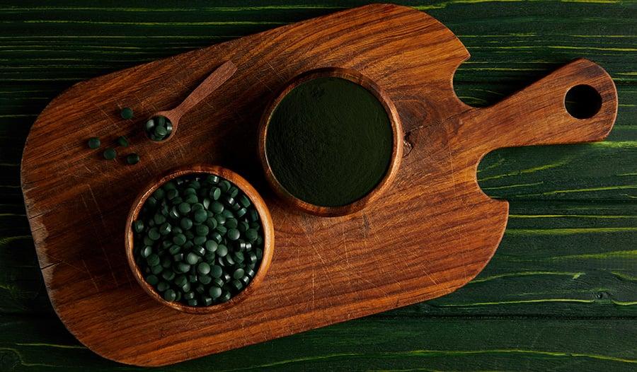 Spirulina and Chlorella: Algae with Healthy Benefits