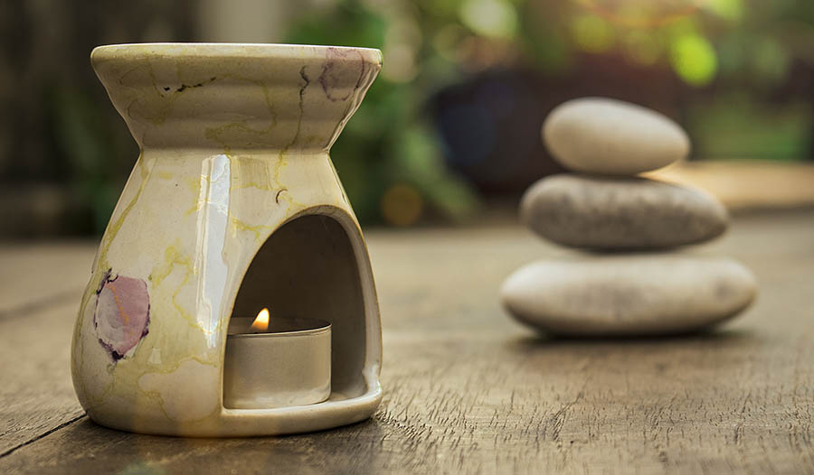 The Healthy Benefits of Using an Essential Oil Diffuser