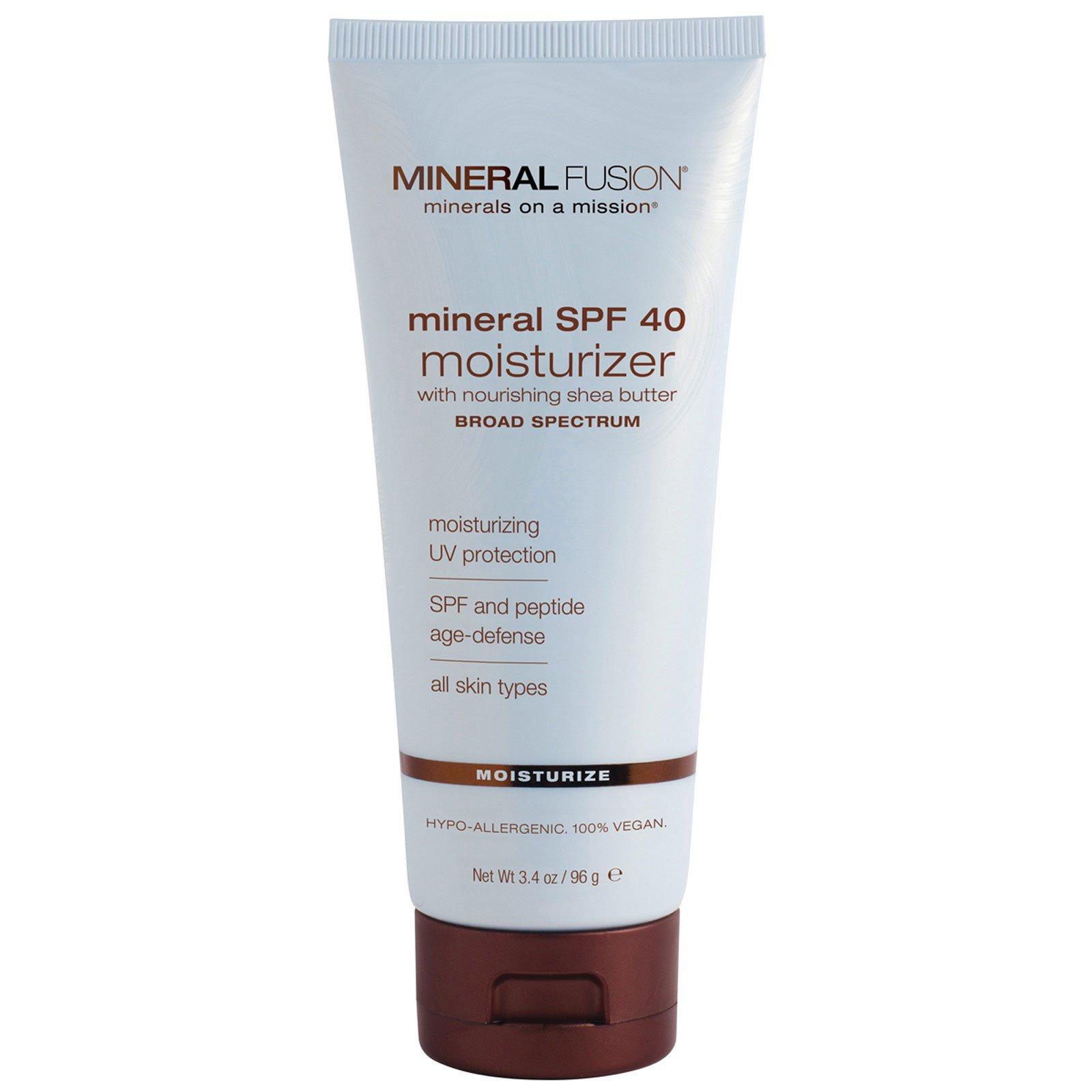 Mineral Fusion, Минеральное увлажняющее средство с SPF 40 для всех типов кожи, 3,4 унции (96 г)