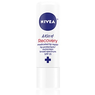 Nivea, A Kiss of Recovery, Medicated Lip Repair, SPF 15, 0.17 oz (4.8 g)